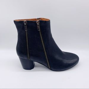 Gentle Souls By Kenneth Cole Lexington Ankle Boots